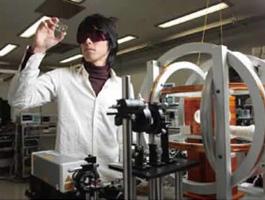 原子磁気センサの原理検証用プロトタイプ